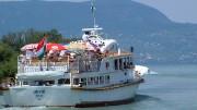 Badacsonyba tart  a Hévíz  motoros a Fonyódi kikötőből egy korábbi fotón - itt is ritkábban járnak a hajók a tavasszal