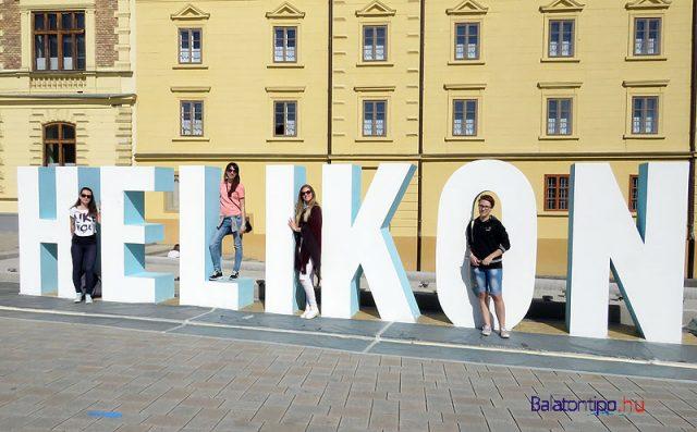 HELIKON-negy-lannyal-Helikon-Keszthely2016-balatontipp-gyorffya