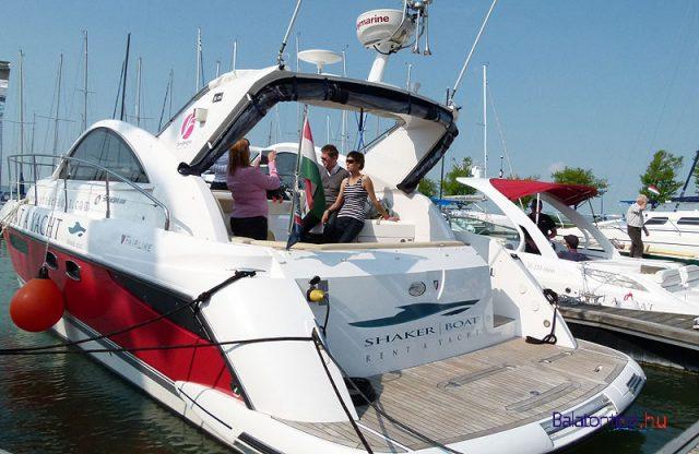 Motoros-yacht-balatonboat-balatonlelle-balatontipp-gyorffya