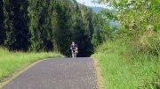 A szigligeti szakaszon sokkal kellemesebbé vált a biciklizés a hibás szakaszok kijavítása miatt
