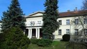 A balatonfűzfői városháza - egykor itt működött a Nitrokémia igazgatósága