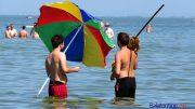 A Balaton vize kicsit még hideg, de lassan megfelelő lesz egy mártózáshoz
