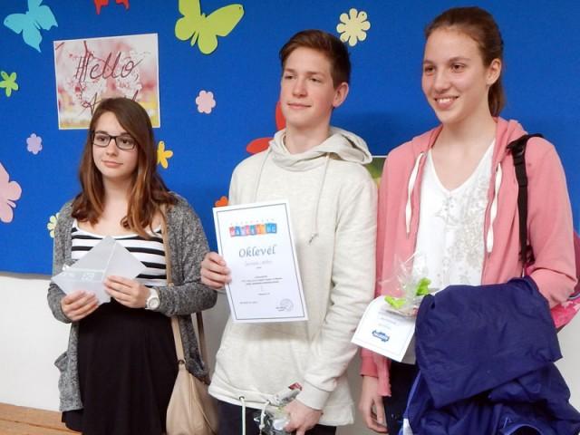 A kereskedelmi marketing versenyen győztes almádi diákok
