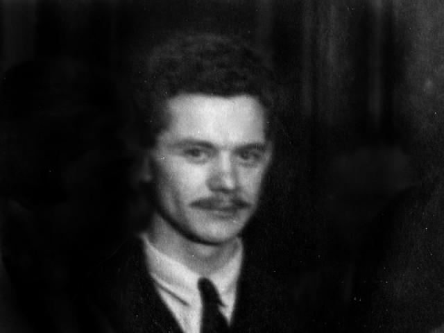 József Attila egy Otthon köri vacsorán 1930-ban készült fotón - fortepan.hu