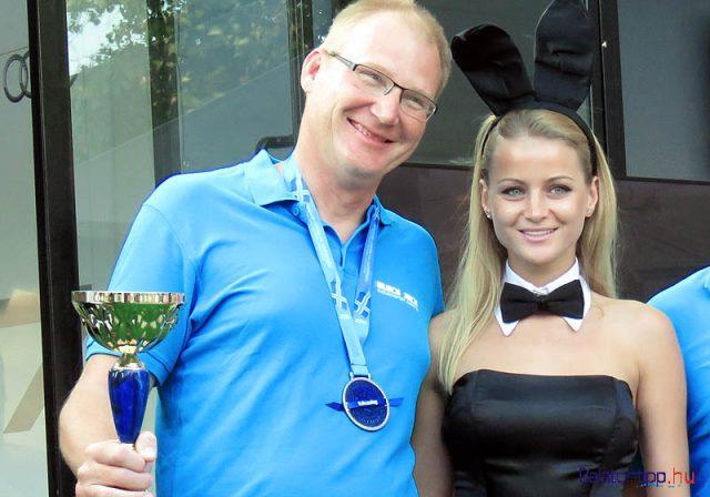 Nagy Rozsda Attila, akinek két sapkát kell viselni - a 2015-ös füredi gyorsasági verseny második díjával (a serleg volt a díj)