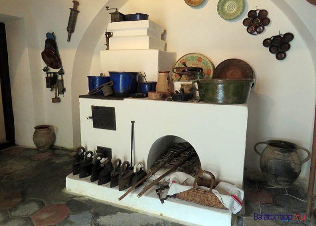 A szabad kéményes konyha kemencéje