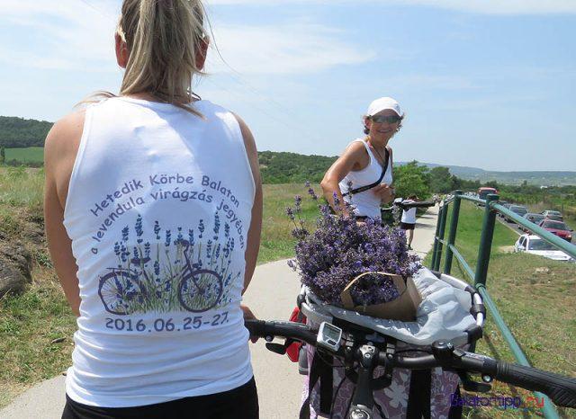 A lányok azt ígérték, jövőre is megcsinálják saját levendulás balatoni bringakörüket