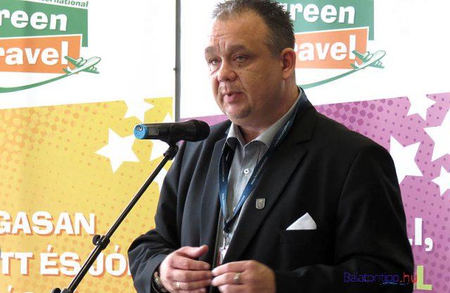 Papp Gábor az antalyai charterek indítását bejelentő tavalyi sajtótájékoztatón