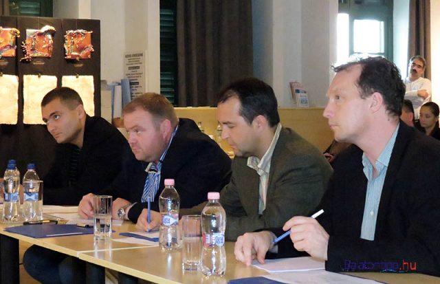 A 2014-es zsűri - Lakatos Róbert (balról), Pál István Szalonna, Gombai Tamás és Árendás Péter