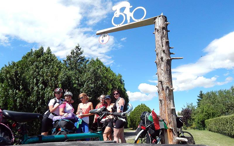 Balatonvilágos - ivókút a magasparton - a bicikliút mellett