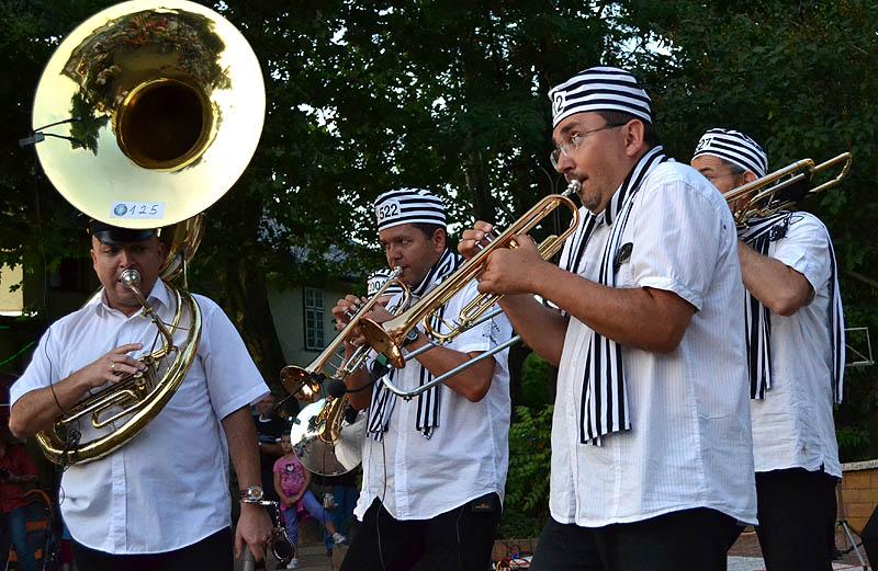 Brass-Show