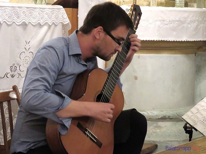 Hartl Bence, a S.W.A.T. vezetője tavaly önállóan lépett fel a BBBü koncertjén