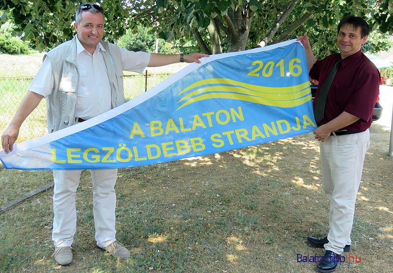 Puskás Zoltán (balról) a nemzeti park igazgatója