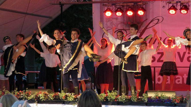 Az idén is műsort adnak az operettes tanoncok