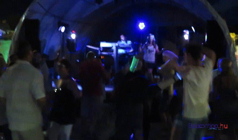 Tancolok-Vonyarci-boros-forgatag-balatontipp-gyorffya