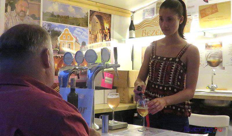A Bezerics Pince borházában még a sörcsapból is bor folyt