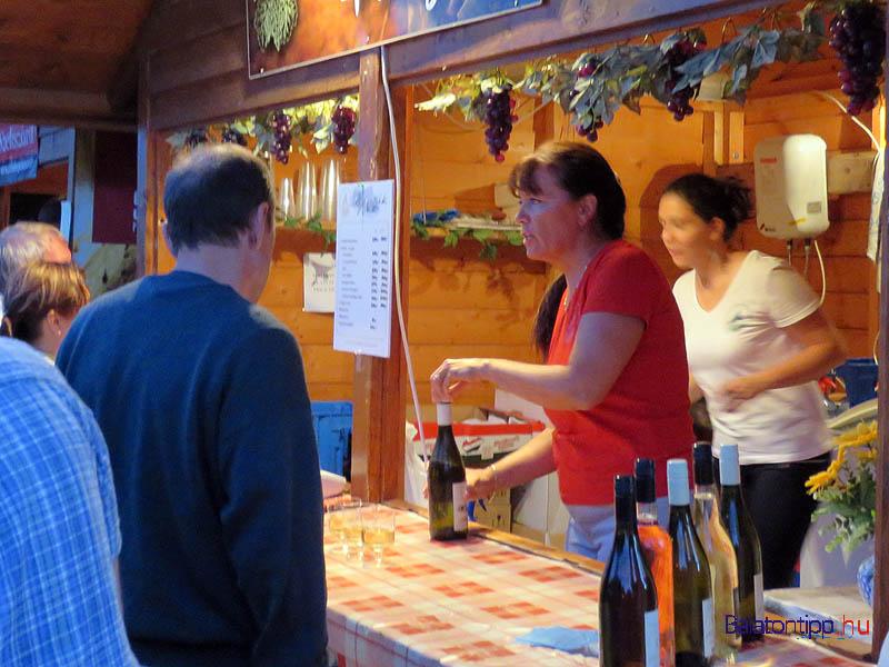 Paloznaki bort is lehetett választani