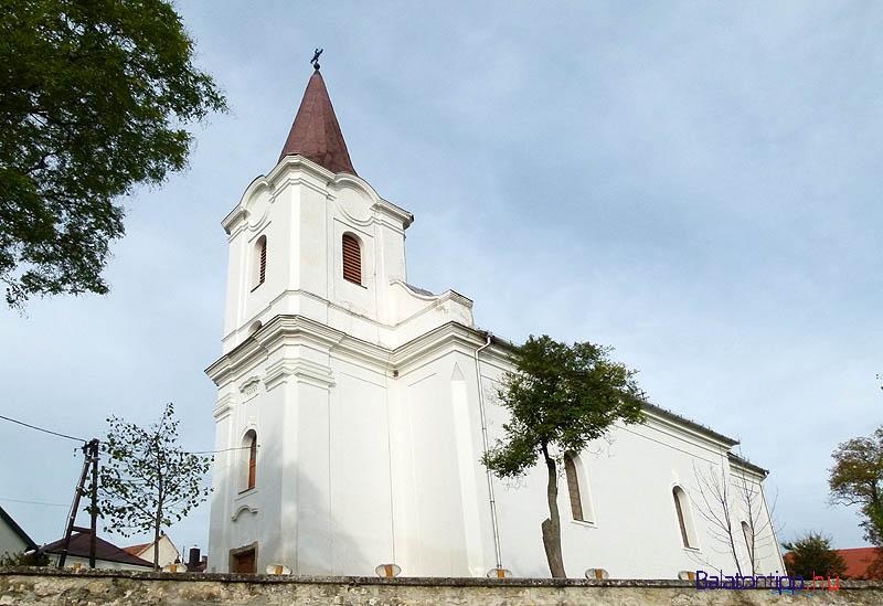 Templom-Orvenyes-falunapok-balatontipp-gyorffya