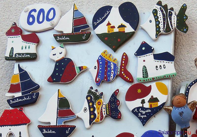 A halnaphoz most is kézművesvásár kapcsolódott, amin akali emlékeket is nagy választékban kínáltak