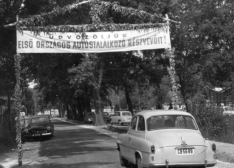 Autostalalkozo-TihanyMotelkemping-1965fortepan_24254NegyesiPal