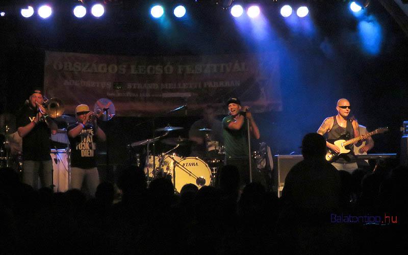 A lecsófesztivál programját az Ocho Macho együttes nagy sikerű koncerjte zárta