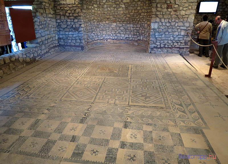 mozaik-padlo-villa_romana-balaca3-balatontipp-gyorffya