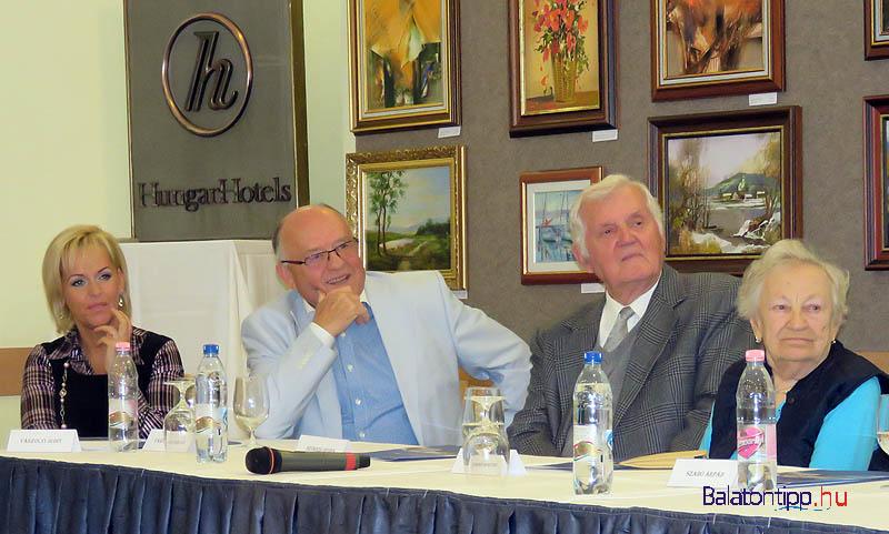 Vászolyi Judit (balról), Vászolyi Árpád, Szögedi Dénes és Szabó Imréné