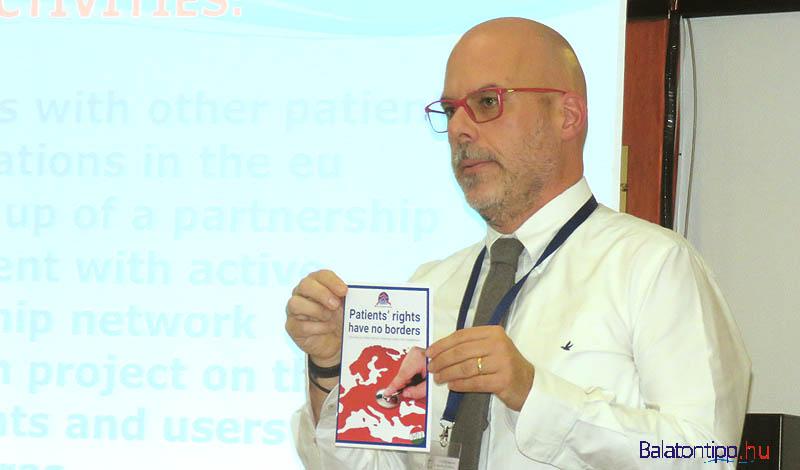 Alceste Santuari az uniós polgárok határokon átnyúló jogairól szóló kiadvánnyal