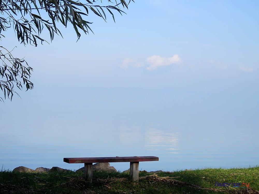 """Egy másik """"tengeri látkép"""" a Balatonról a balatonszemesi Berzsenyi utcából"""