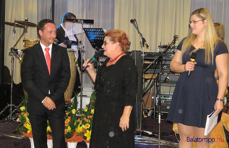 Krivács András elnök, Miklós Beatrix, az MNGSZ hévízi alelnöke és Petrezselyem Adrienn, az MNGSZ ügyvezetője a megnyitón