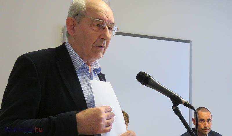 Lichtneckert András arra szólított mindenkit, hogy őrizzük és ápoljuk Hertelendy Károly emlékét