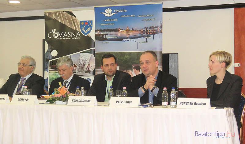 Umberto Solimene, Géher Pál, Kovács Csaba alelnök, moderátor, Papp Gábor és Horváth Orsolya