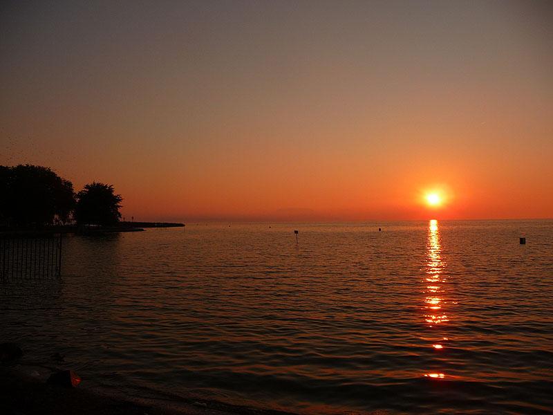 Galambos Ottó: Napfelkelte