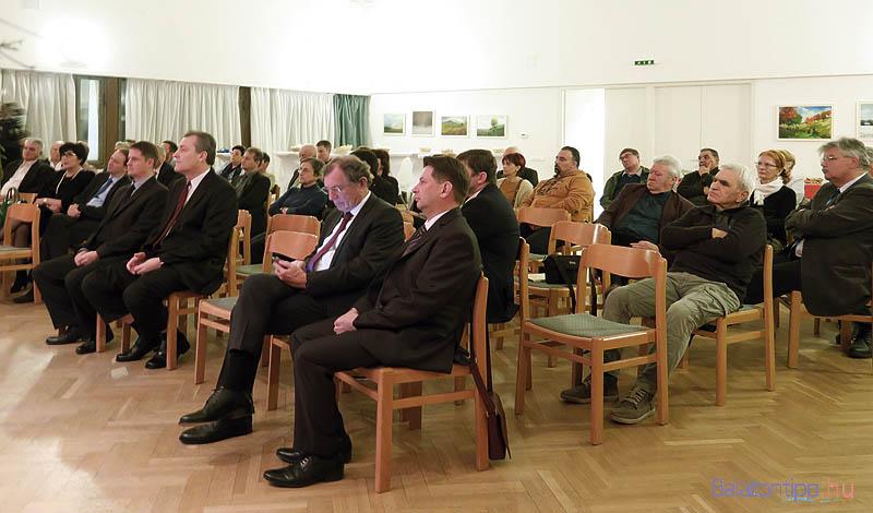 A hagyományos alsóörsi vállalkozói fórum résztvevői