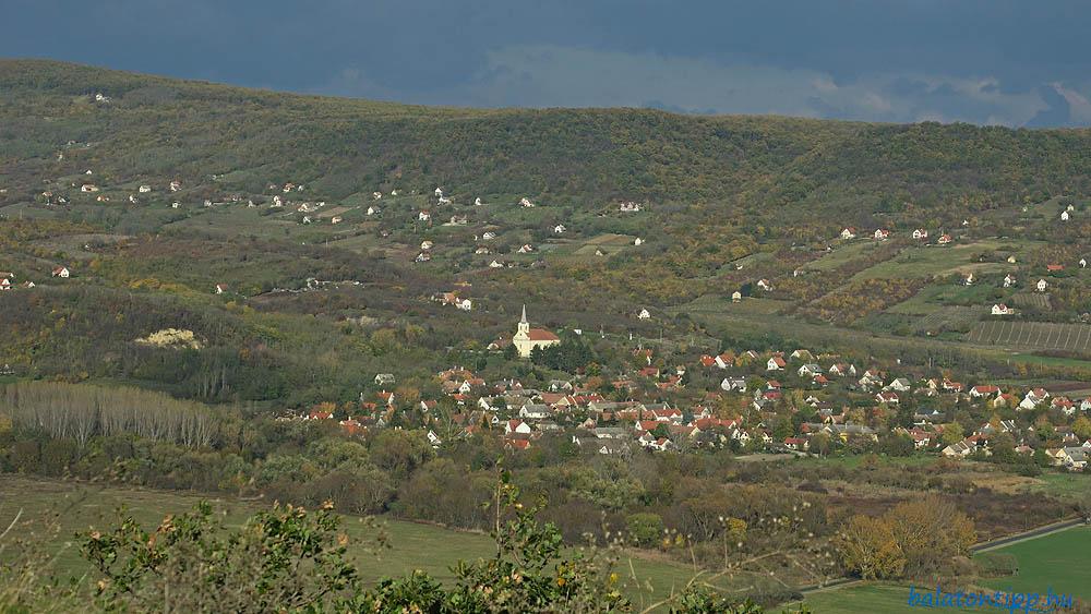 Szentbékkálla és a Fekete-hegy oldala