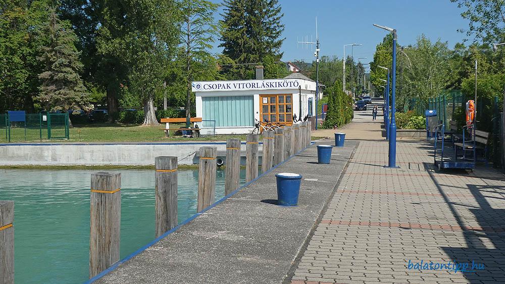 Csopaki hajóállomás és vitorláskikötő
