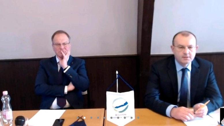A BFT társelnökei, Navracsics Tibor (balról) és Bóka István