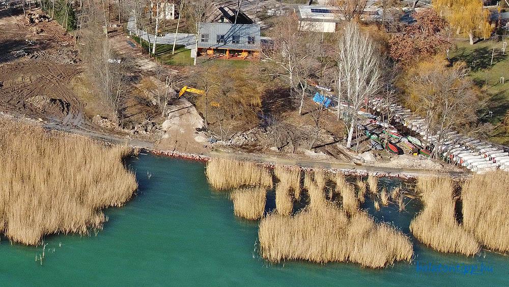A Balatonfüredi Horgász Egyesület horgászháza előtti terület