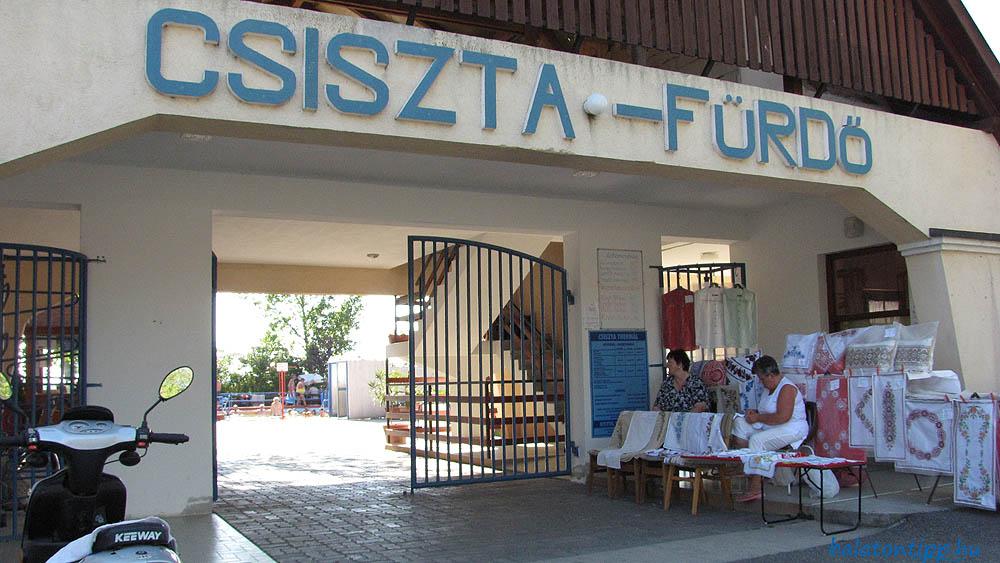 Csiszta-Fürdő bejárat