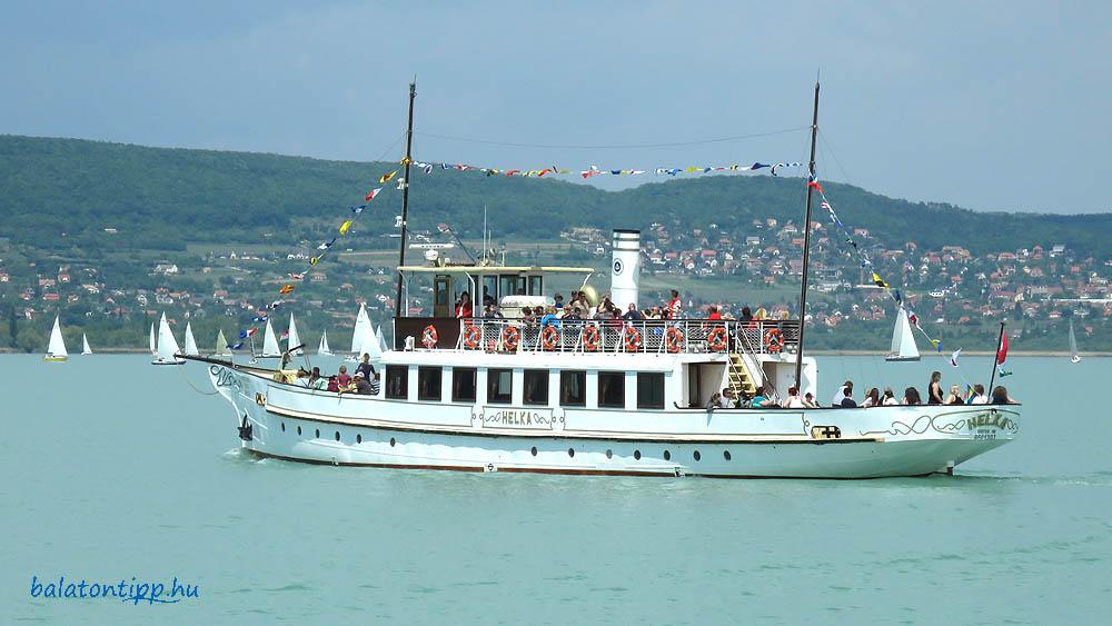 Sétahajózás a Helka motorossal Balatonfüred és Siófok között