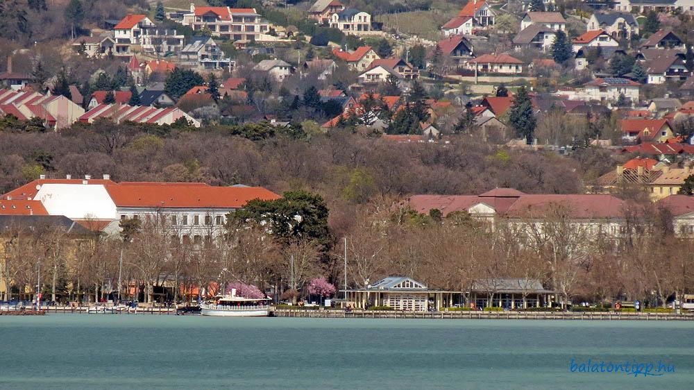 Balatonfüred hajóállomás Tihanyból